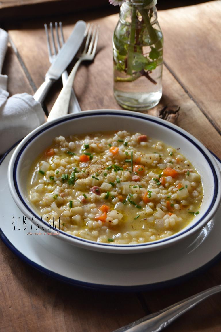 zuppa di orzo daikon e sedano rapa (1)