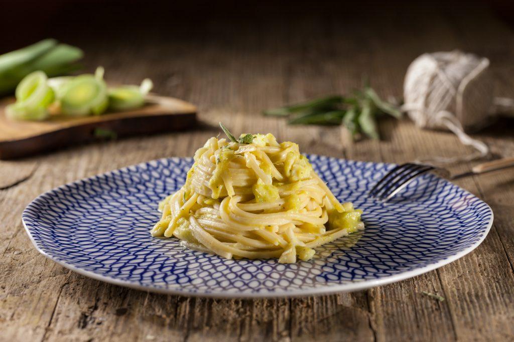 spaghetti-porro-e-baccala-2