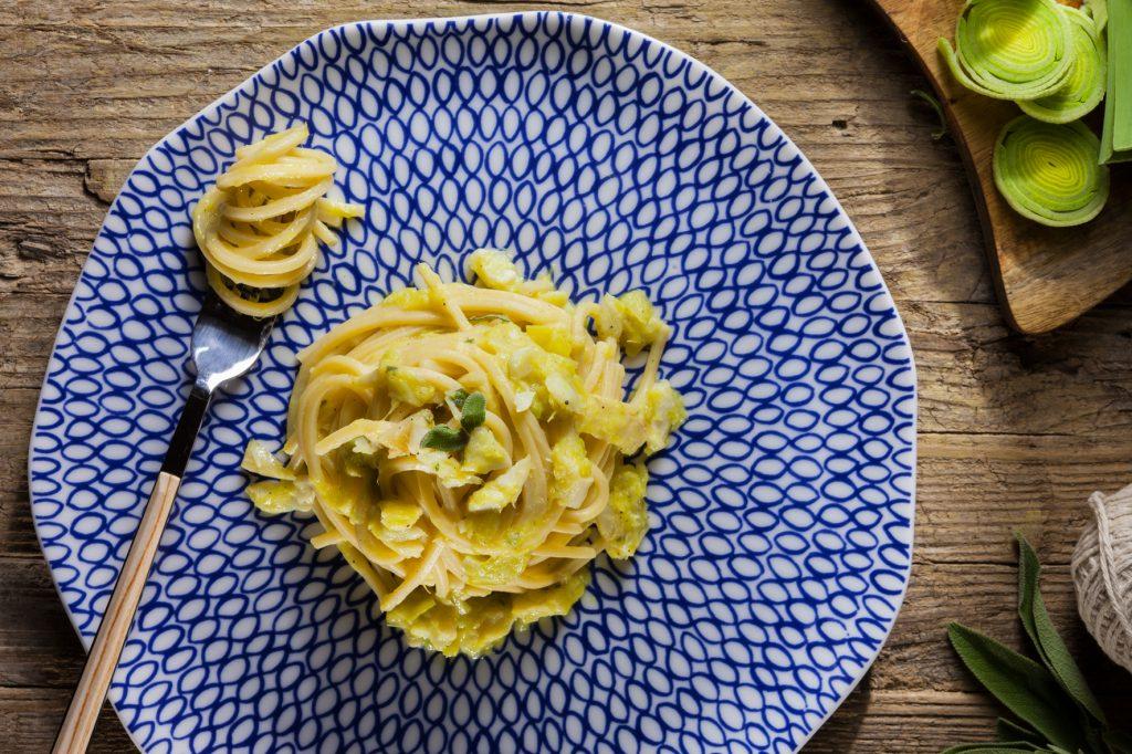 spaghetti-porro-e-baccala1