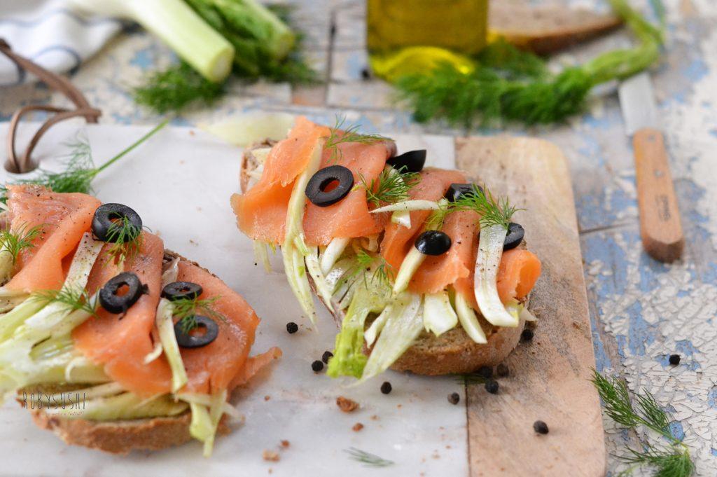 bruschette-al-salmone