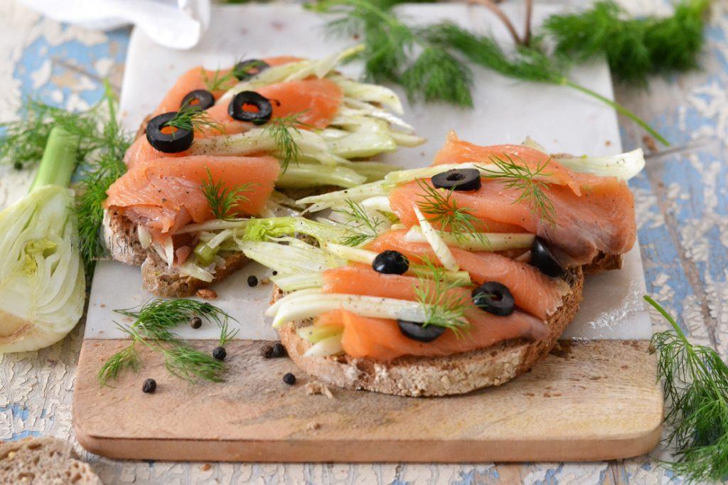 bruschette-al-salmone1